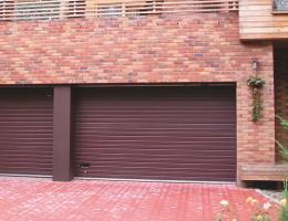 Sekční vrata garážová Jičín